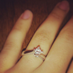 engagement-ring_mrs-camera (1)